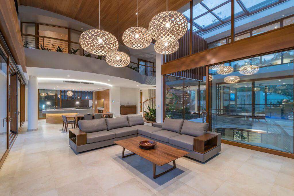 Desain Interior Rumah Bergaya Modern Tropical Tetap Mewah ...